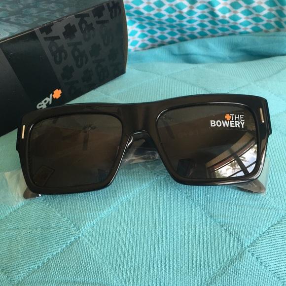e26de702f8cfc NWT Spy Sunglasses Bowery blk grey New never used